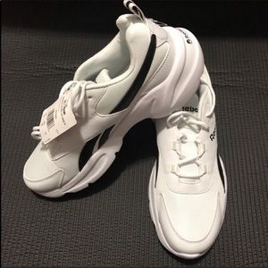 NEW Reebok Classics Royal EC Ride 4.0 Sneakers